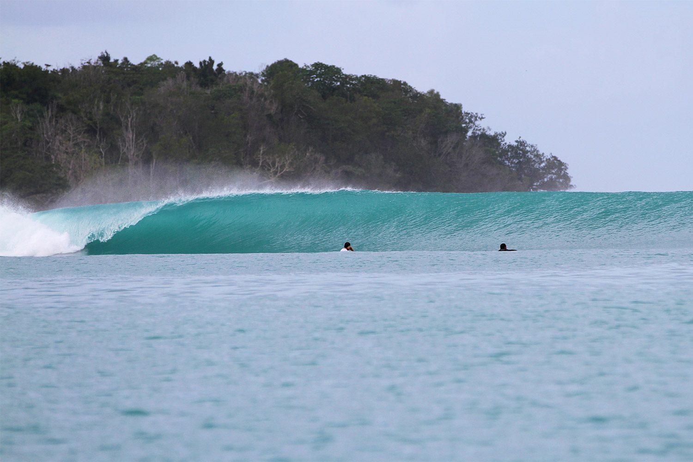 pulse-surf-charters-inside-plenty-lefts-04