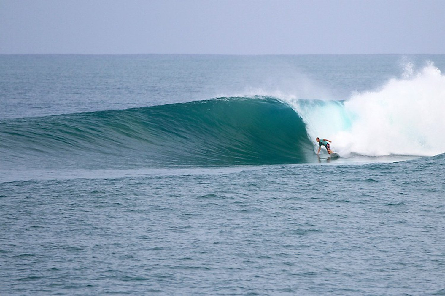 pulse-surf-charters-north-nias-02